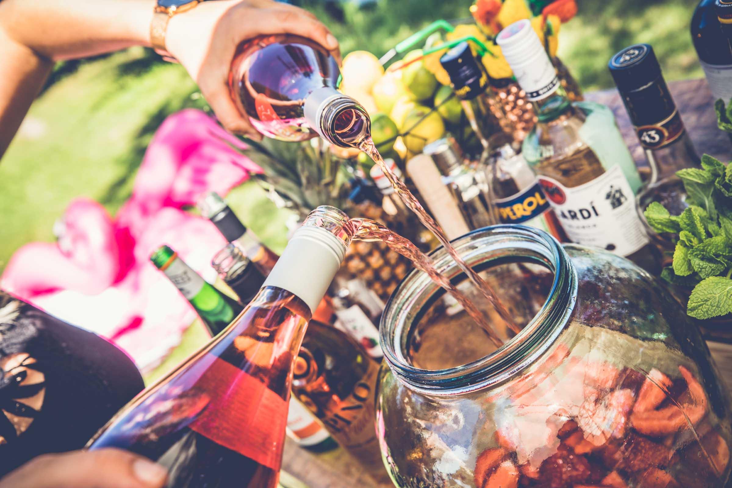 Barformat - Mobile | Bar | Cocktailservice | Hannover | Getränke | Catering | Cocktails | Wein | Aperitif | Bowle | Ginbar | Limonade |Hochzeit | Messe | Firmenfeier | Buchen | Mieten | Anfragen