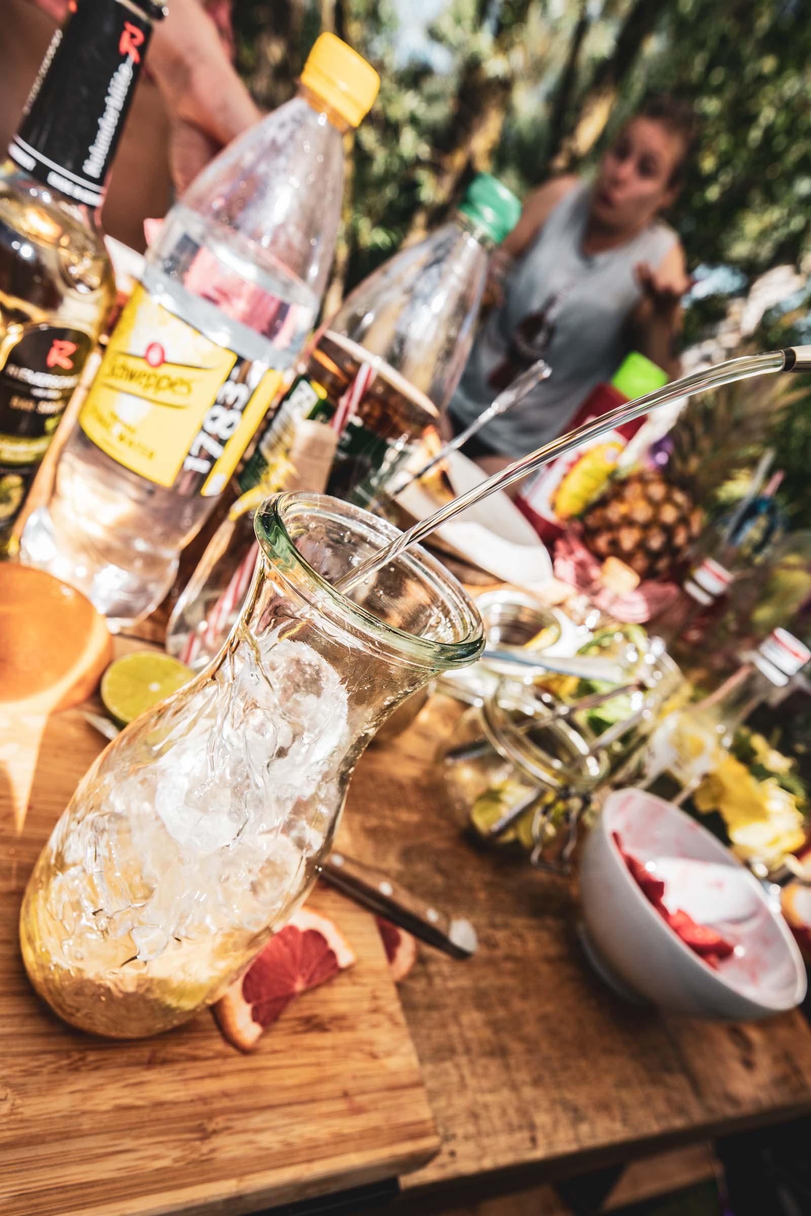 Barformat | Mobile | Bar | Cocktailservice | Hannover | Getränke | Catering | Cocktails | Wein | Aperitif | Caipirinha | Bowle | Limonade | Hochzeit | Messe | Firmenfeier | Buchen | Mieten | Anfragen