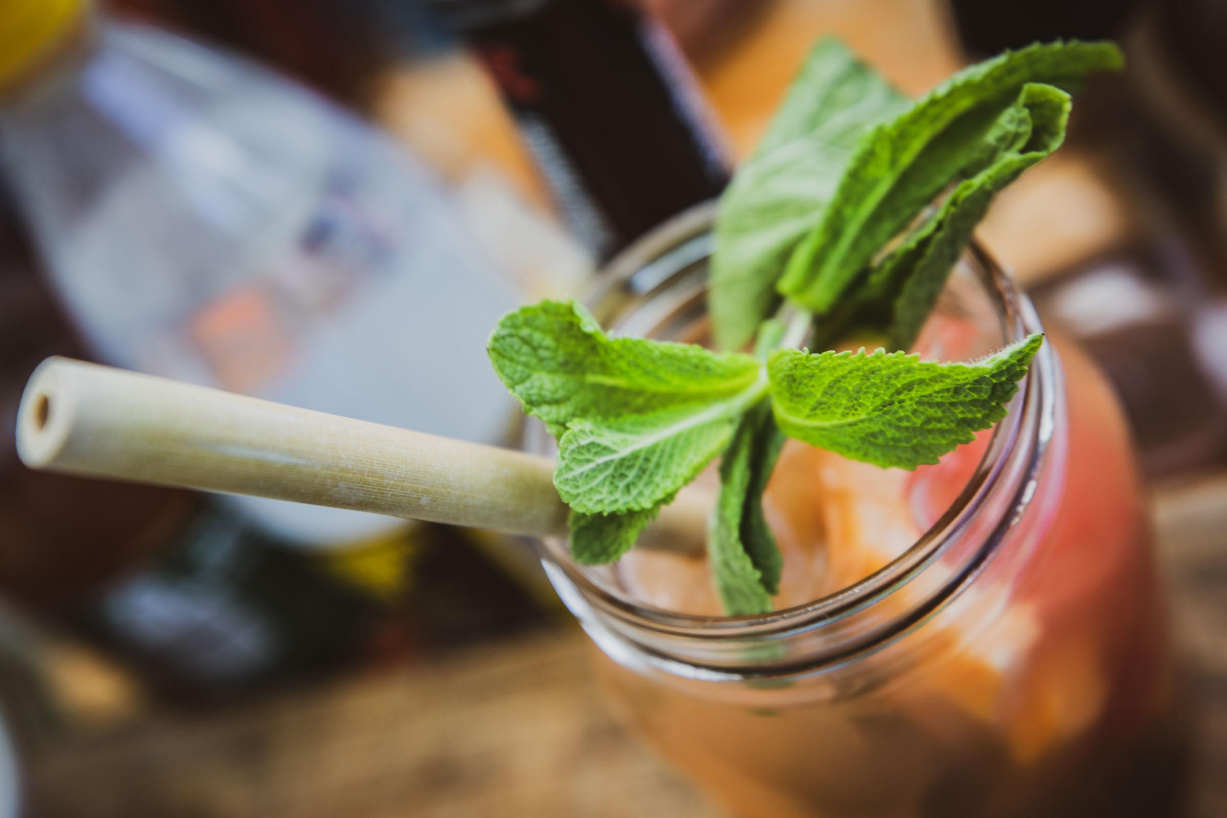 Barformat - Mobile | Bar | Cocktailservice | Hannover | Getränke | Catering | Cocktails | Wein | Aperitif | Gin | Kaffee | Softdrinks | Foodtruck | Hochzeit | Messe | Firmenfeier | Buchen | Mieten | Anfragen