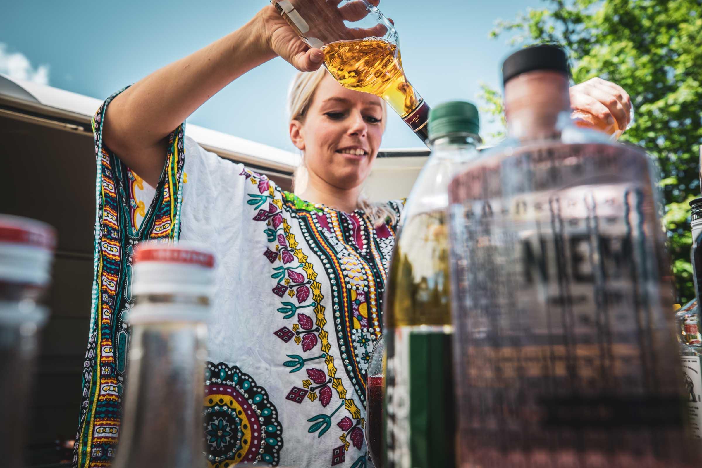 Barformat | Mobile | Bar | Cocktailservice | Hannover | Getränke | Catering | Cocktails | Wein | Aperitif | Hochzeit | Trauung | Sektempfang | Softdrinks | Messe | Firmenfeier | Buchen | Mieten | Anfragen