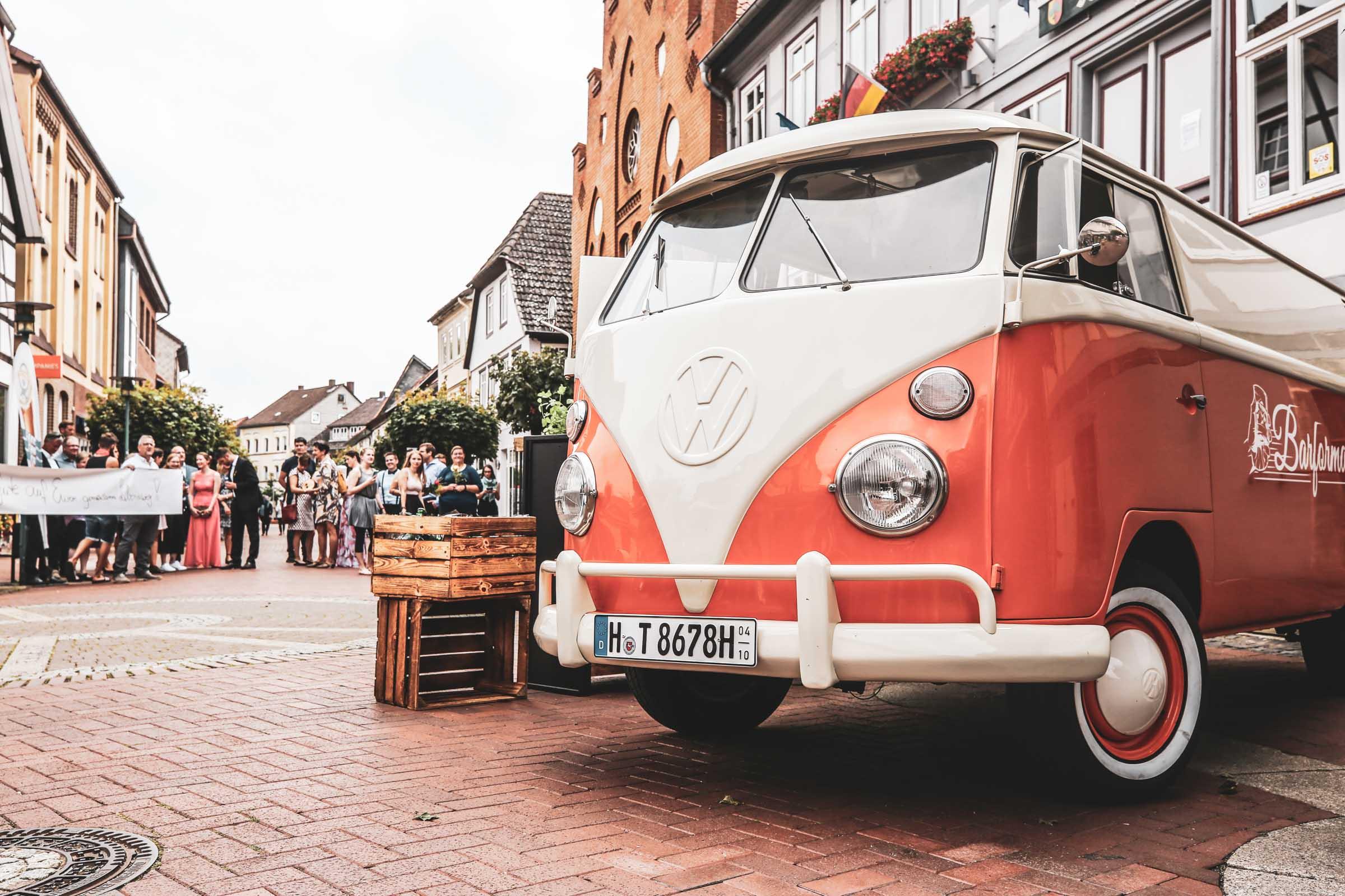 Cocktailservice | Hannover | Mobile | Bar | Bulli | VW | Barformat | Hochzeit | Barkeeper | Getränke | Catering | Cocktails | Ginbar | Weinbar | Sektbar | Buchen | Mieten | Anfragen
