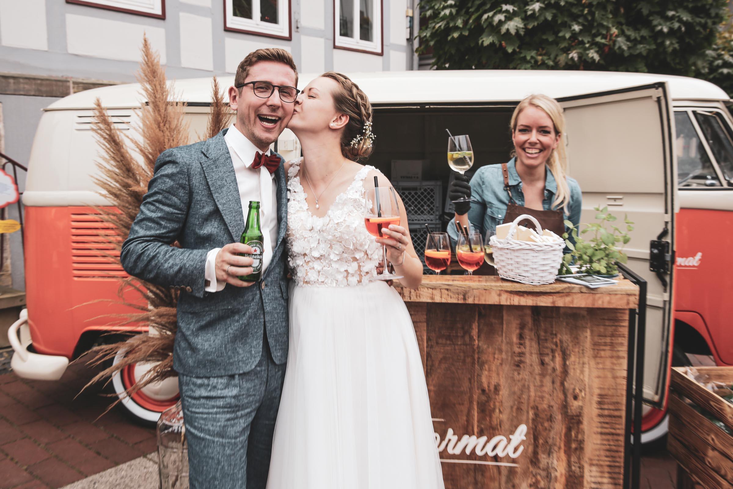 Cocktailservice | Hannover | Mobile | Bar | Bulli | VW | Barformat | Hochzeit | Barkeeper | Getränke | StandesamtCatering | Ginbar | Weinbar | Sektbar | Buchen | Mieten | Anfragen