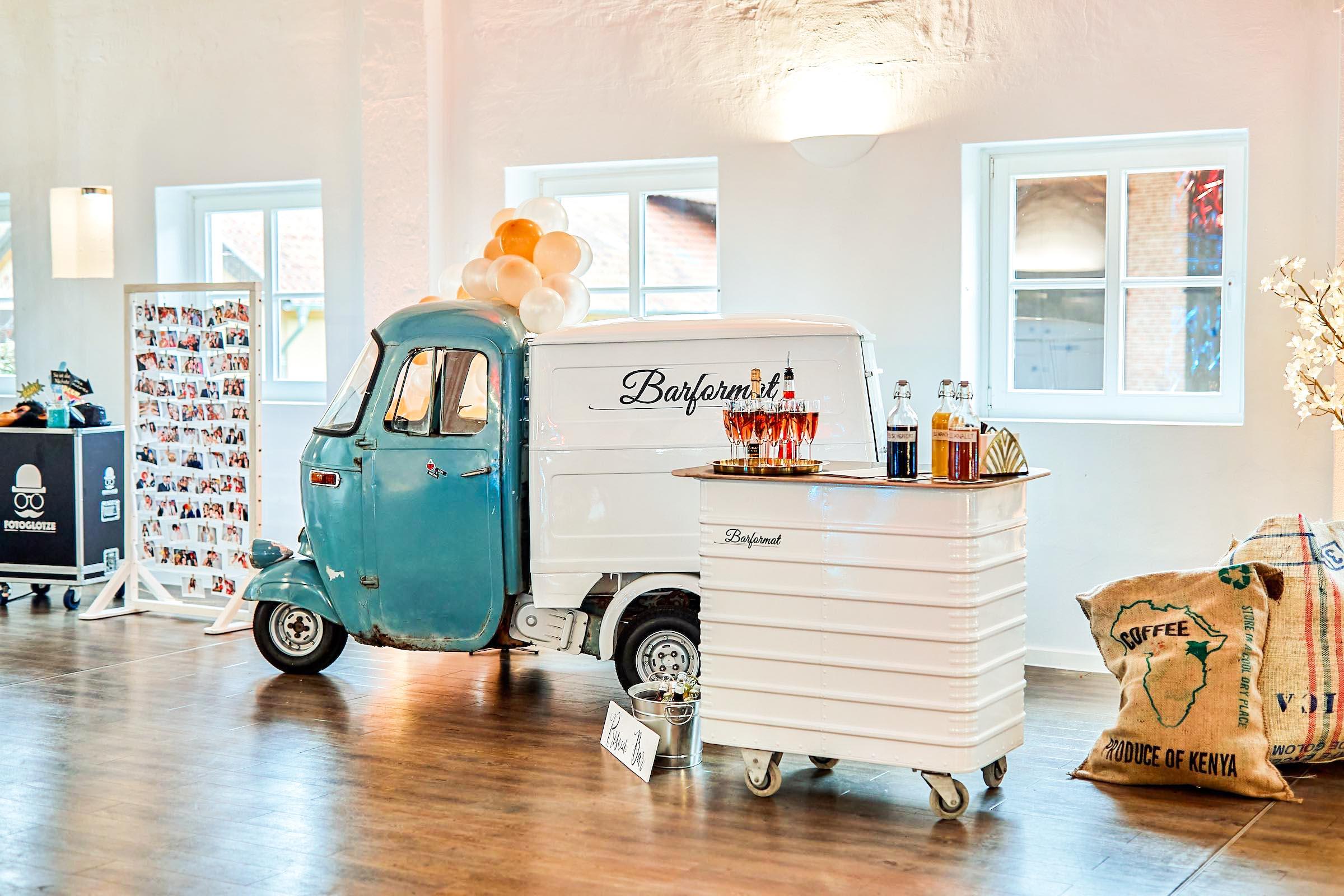 Mobile | Bar | Ape | Bulli | Cocktailservice | Hannover | Getränke | Catering | Foodtruck | Kuchen | Sektempfang | Standesamt | Hochzeit | Barkeeper | Hochzeit | Event | Mieten | Buchen | Barformat