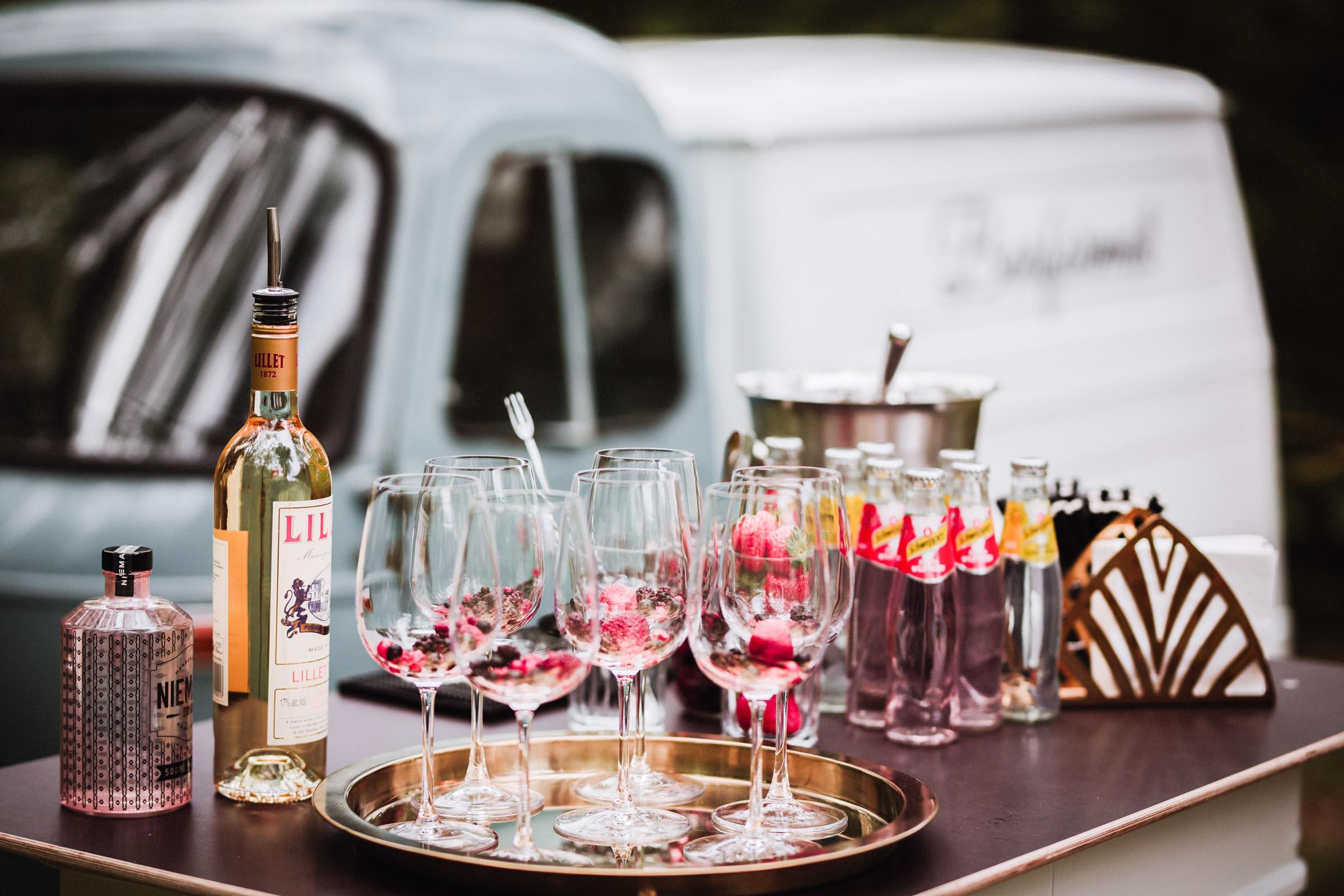 Barformat | Mobile | Bar | Hannover | Hamburg | Braunschweig | Bremen | Cocktailbar | Sektempfang | Bulli | Bar | Hochzeit | Cocktailservice | Barkeeper | Messen | Firmenfeiern | Catering | Food | Truck | Getränke | Ape | VW