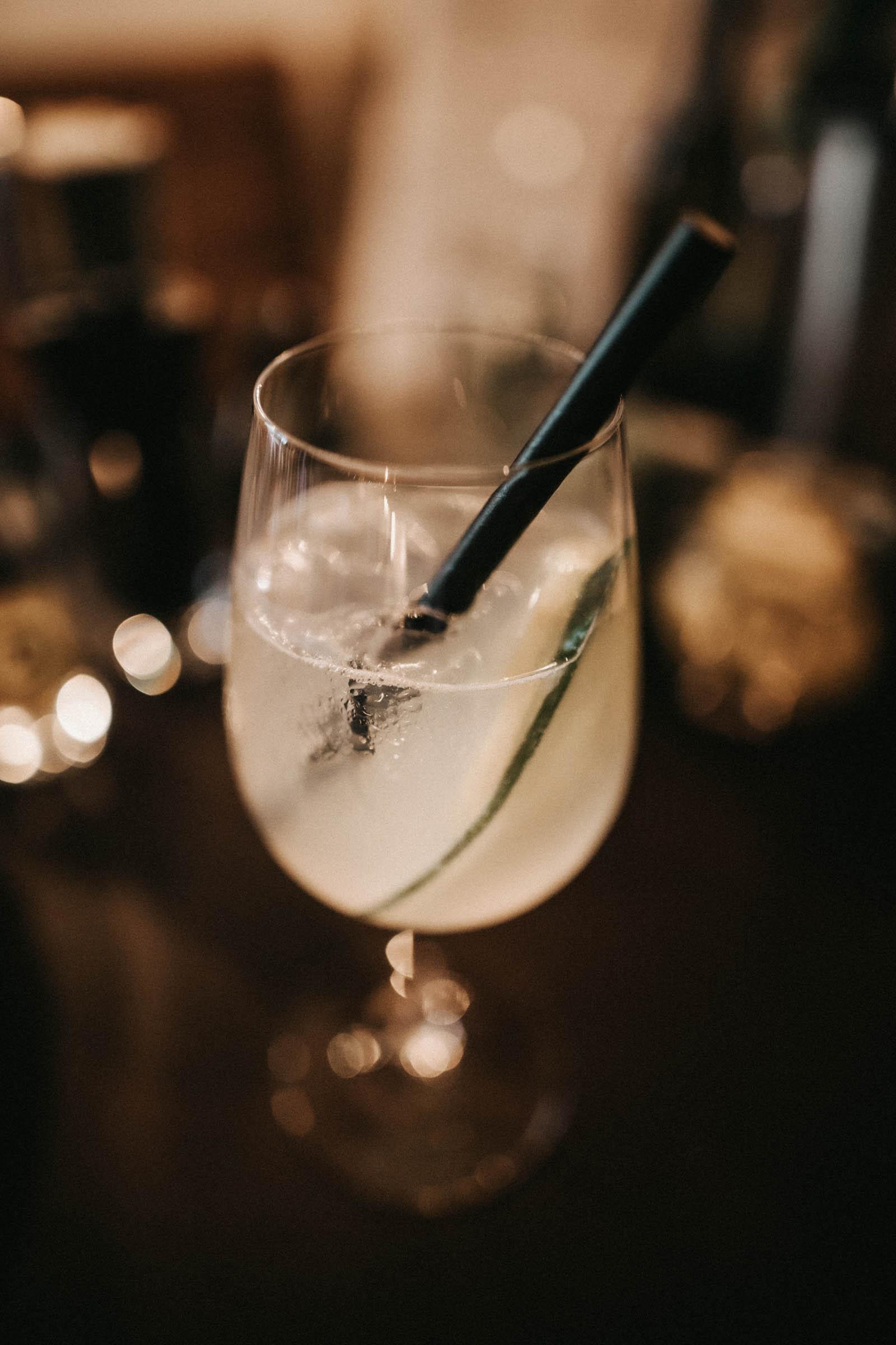 Barformat | Mobile | Bar | Hannover | Hamburg | Bremen | Braunschweig | Cocktailbar | Sektempfang | Bulli | Bar | Hochzeit | Cocktailservice | Aperitif | Messen | Firmenfeiern | Catering | Food | Truck | Getränke | Ape | VW