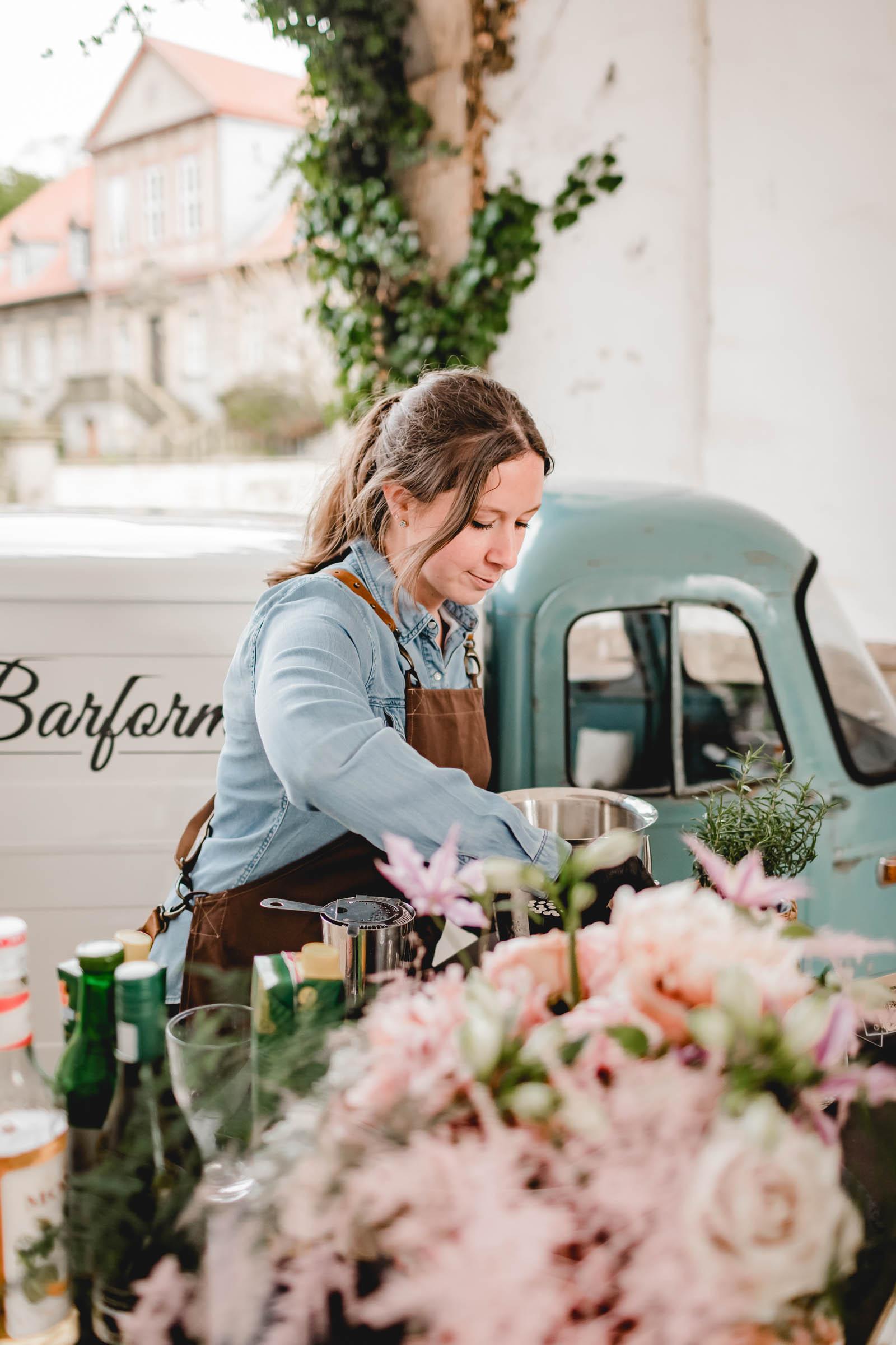 Barformat | Mobile | Bar | Hannover | Hamburg | Bremen | Braunschweig | Cocktailbar | Sektempfang | Bulli | Bar | Hochzeit | Cocktailservice | Barkeeper | Messen | Firmenfeiern | Catering | Food | Getränke | Truck | Ape | VW